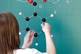 הוראת הכימיה